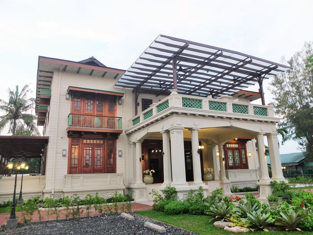 Circa 1900: Casa Dos